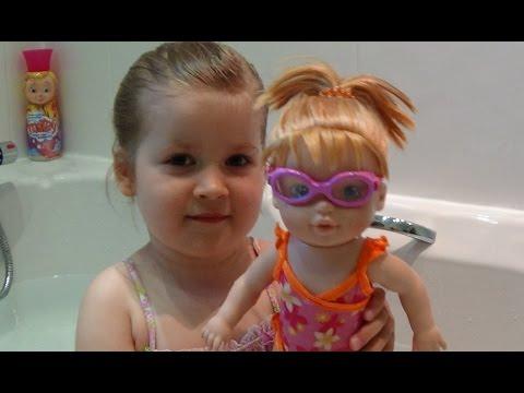 ♥ БЕБИ БОРН КУКЛА ПЛАВАЮЩАЯ Интерактивная Обзор Играем Плаваем вместе BABY Born swimming doll