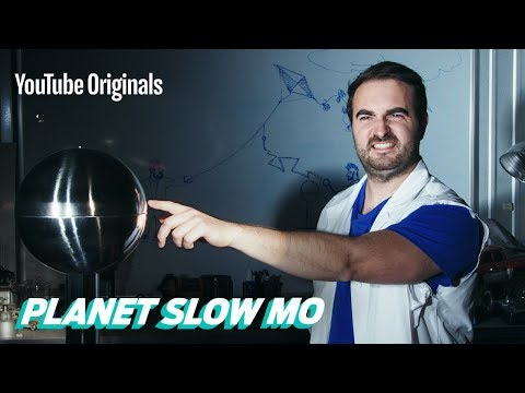 Van de Graaff Generator in Slow Motion
