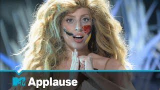 Lady Gaga Performs 'Applause' at the 2013 VMAs | MTV Music