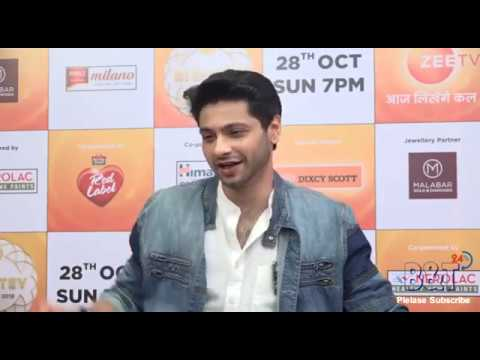 Famous Tv Actor Mishal Raheja Rely Funny Question  at The Red Carpet of Zee Rishtey Awards