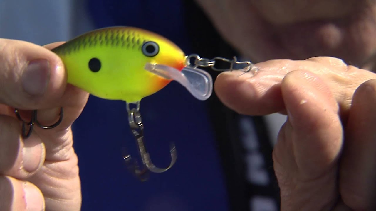 Crank baits for cold water bass fishing youtube for Cold water bass fishing