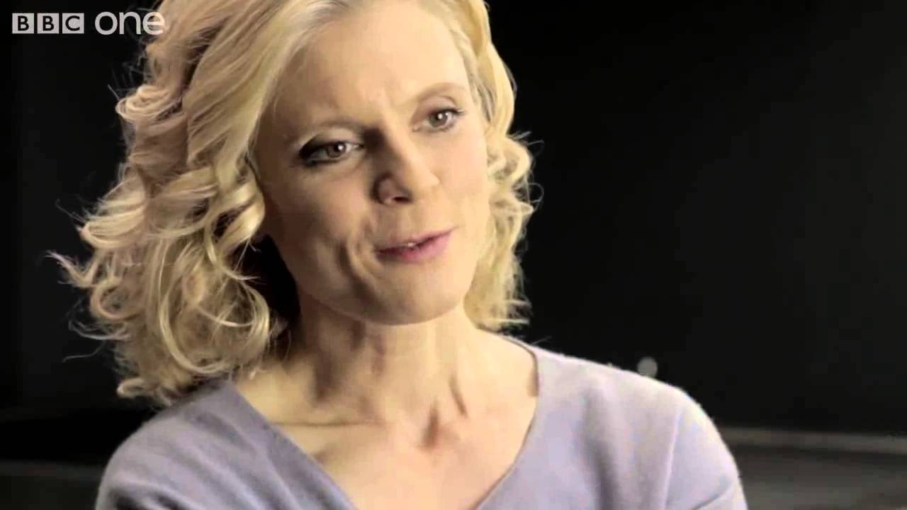 emilia fox introduces falling angels silent witness series. Black Bedroom Furniture Sets. Home Design Ideas