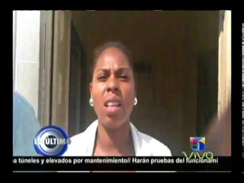 Video: Mujer pide ayuda para mandar hombre británico a su país en Cotuí