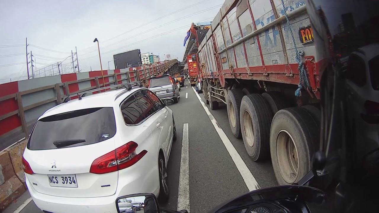 Lane Splitting Hell!