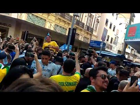 Jair Bolsonaro passa por cirurgia após sofrer atentado em Minas Gerais | SBT Notícias (07/09/18)