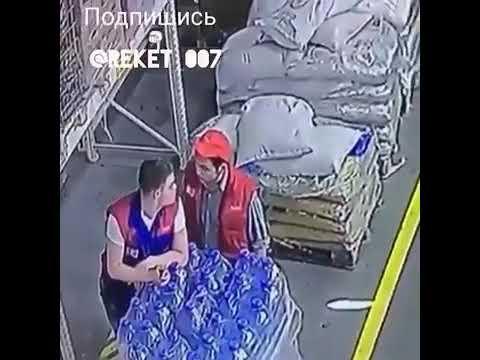 Кыргыз, ударил Русского менеджера, за не уплату зарплаты
