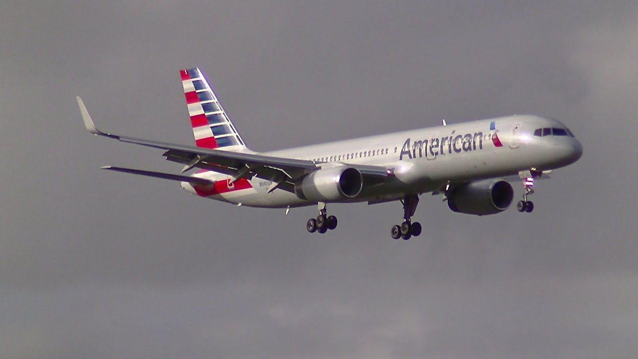 american airlines b757 200 new livery landing and take off from