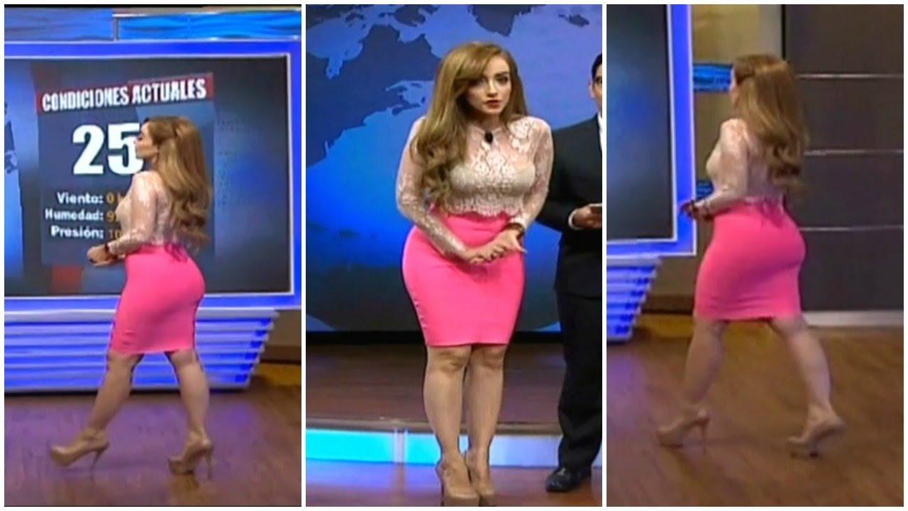 Linda minifalda en el metro santiago - 1 part 1