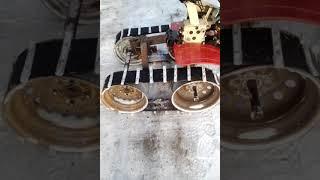 Мотоблок на самодельных гусеницах из автошины.