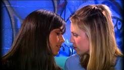 Jordana Brewster and Sara Foster - Lesbian