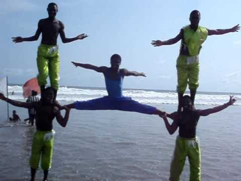 labadi beach acrobats, things to do in accra