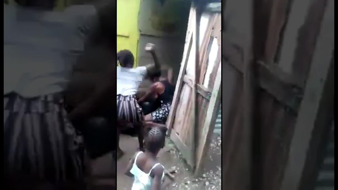 Download 🔥HOT🔥Women fight in jamaica 🇯🇲🗡😱