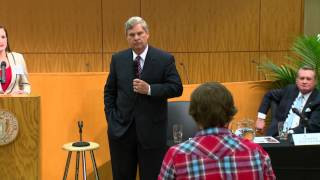 2013 Dale and Betty Bumpers Distinguished Lecture Program - Tom Vilsack