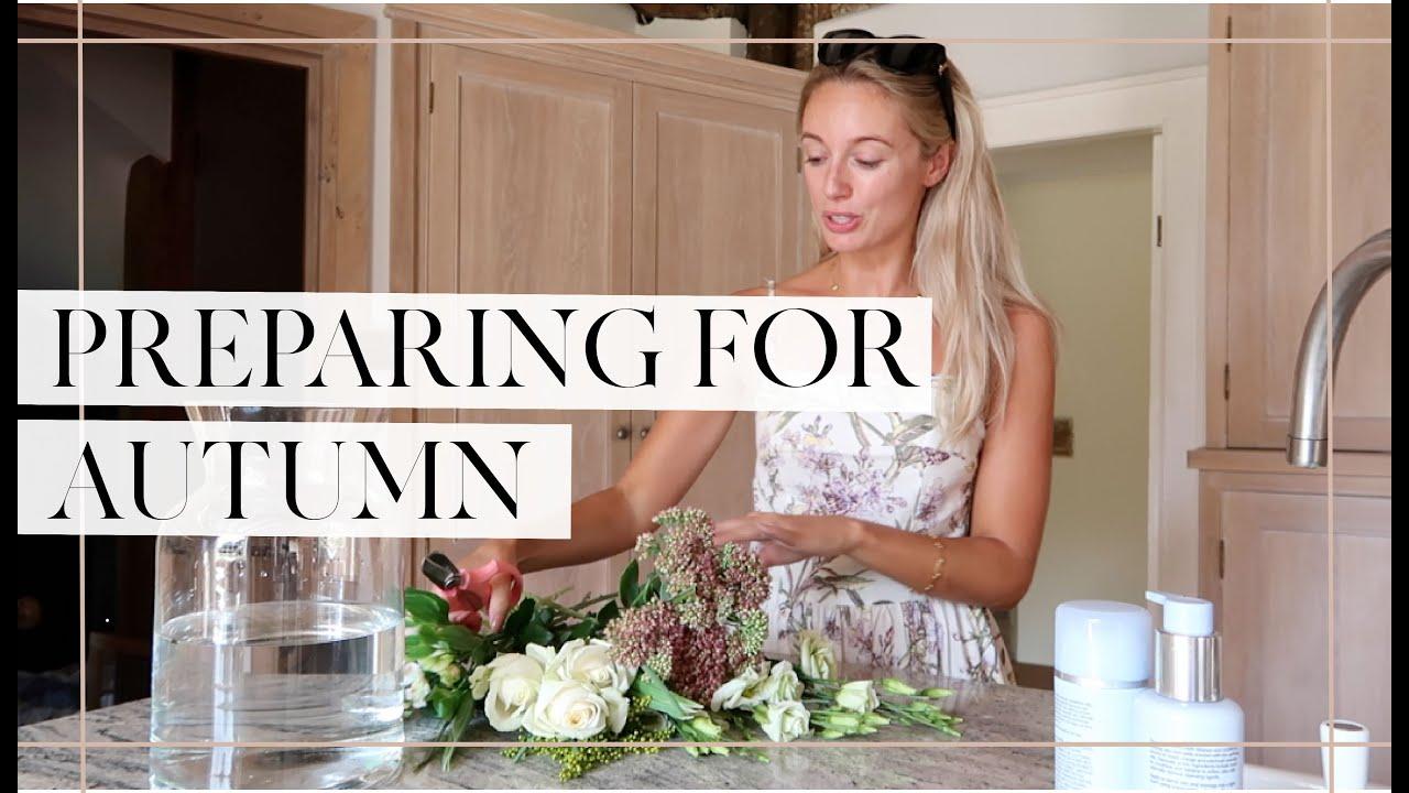 PREPARING THE GARDEN FOR AUTUMN { & More Dressing Room Organising! } // Fashion Mumblr Vlog