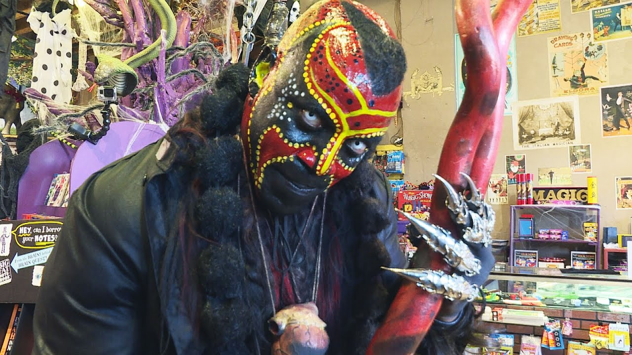Scare Prank Boogeyman Terrifies Halloween Shoppers Youtube