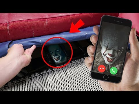 """CALLING PENNYWISE ON FACETIME AT 3 AM!! (ATTACKED) DO NOT CALL """"IT"""" AT 3 AM!!"""