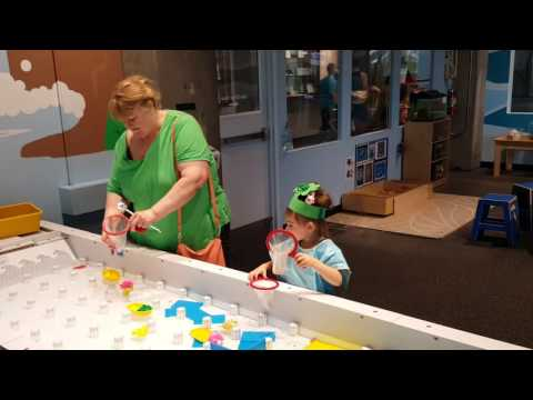 Ireland and grandma Connie playing at St Louis science museum