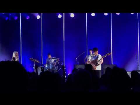 Playing God  Paramore @ Royal Albert Hall 19617