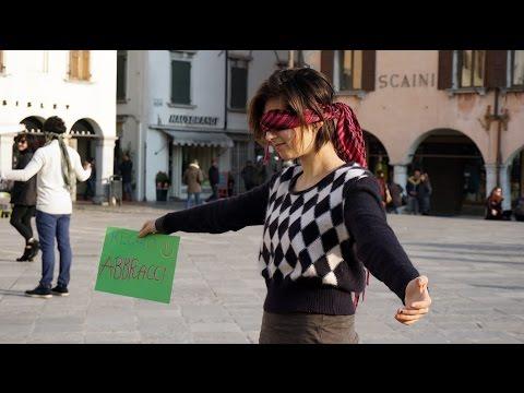 Abbracci Gratis - Udine - Io mi fido di te, e tu? #EventiFVG