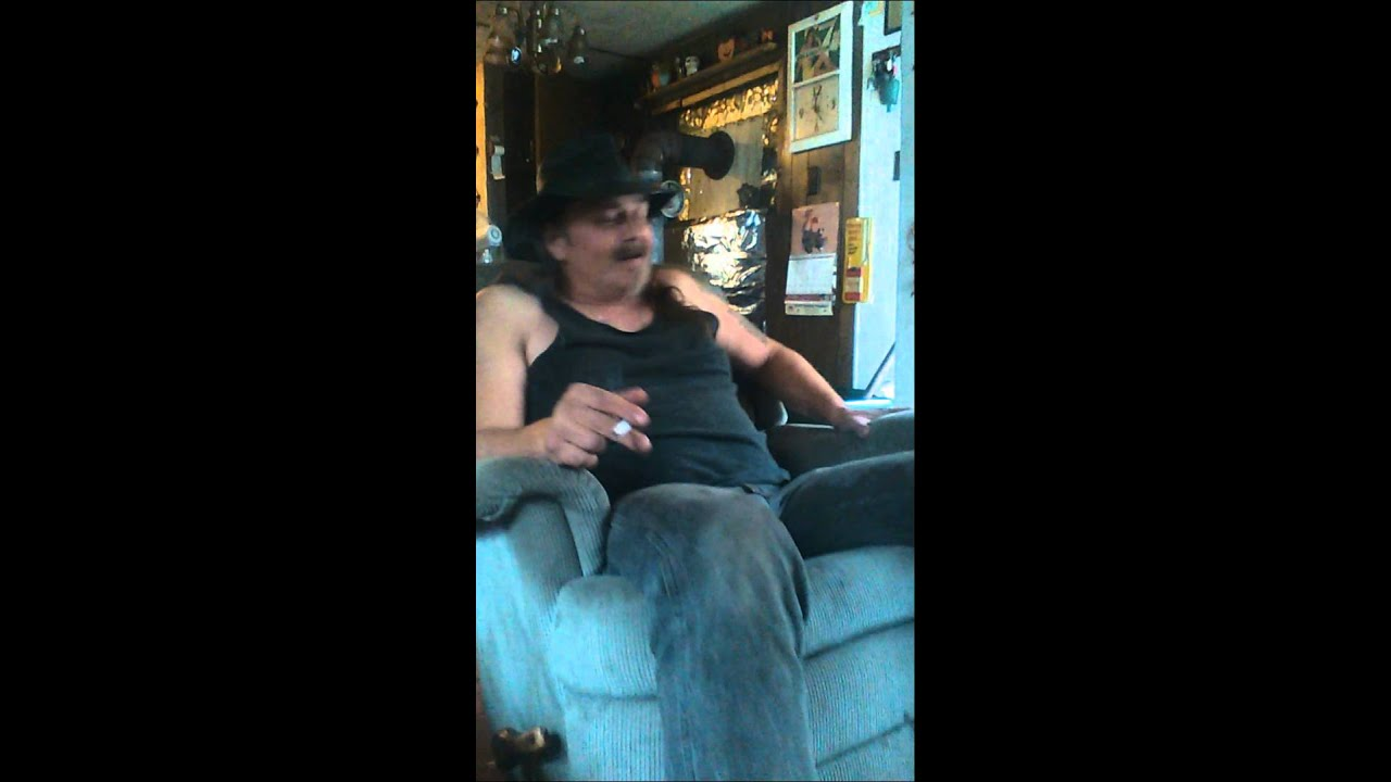 Twas the night before Christmas, redneck version. - YouTube