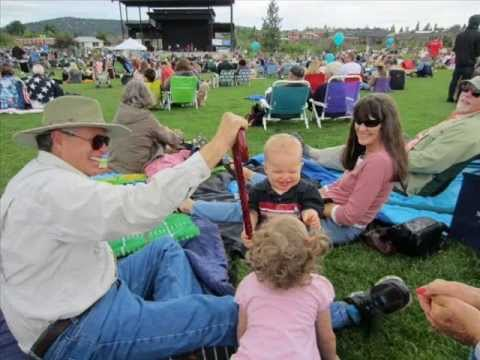 Bend, Oregon - Downtown Bend - Festival