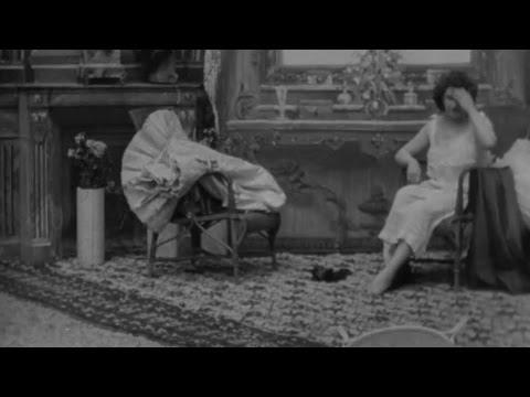 Vintage Nylons - Nylon Stockings at Nylon Nostalgia (2020) from YouTube · Duration:  2 minutes 53 seconds