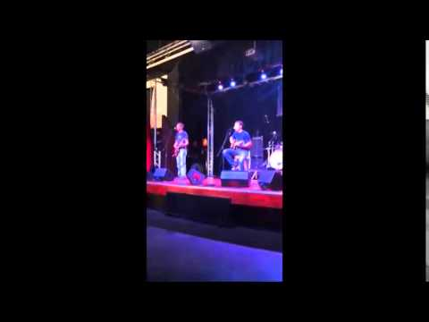 the Lessoffs - Do you wanna dance (Live)