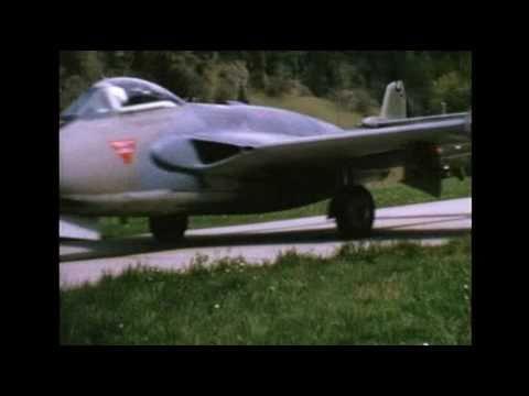 DH-112 Venom über den Alpen