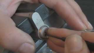 EVVA DPS -Pickes SPP& Gutted(Picking a EVVA Euro profile lock and opening it to show the pins inside. Thanks Javid For the lock., 2014-09-12T18:42:50.000Z)