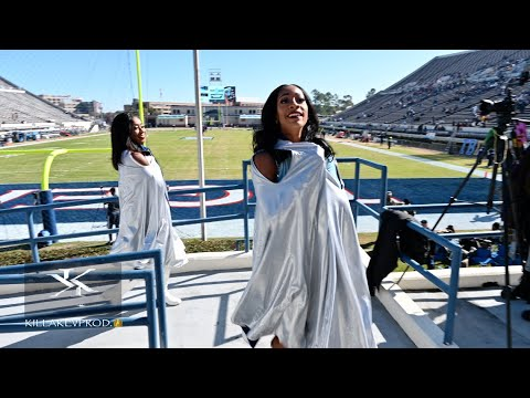 Jackson State University Ft. The Prancing J-Settes - Marching In & J4 Ramp Routine Vs SU - 2019