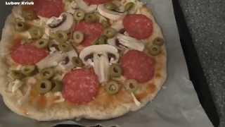 Пицца. Итальянская пицца просто вкусно соус видео рецепт