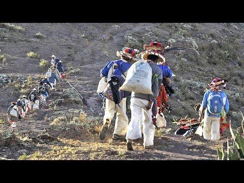 Huicholes de Jalisco arrasan con pequeño pueblo huichol de Nayarit