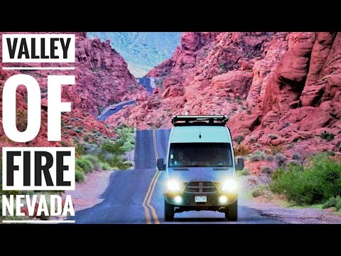 Valley of Fire State Park Nevada | Detours Travel Vlog: Ep. 1 - Adventure in a Backpack