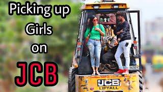 Picking Up Girls on JCB Gone Right |Got Her Number||FunkyTv|
