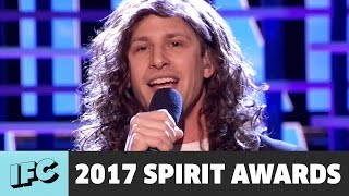 andy samberg sings still alive as eddie vedder 2017 spirit awards