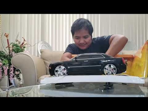 2005 Chrysler 300C r/c car (1/10th scale) - UNBOXING REVIEW