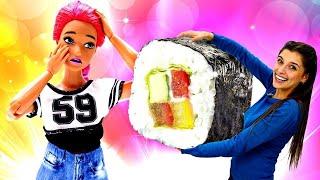 Играем с Барби: Маша и Тереза готовят суши. Ох, уж эти куклы - Лайфхаки для Барби