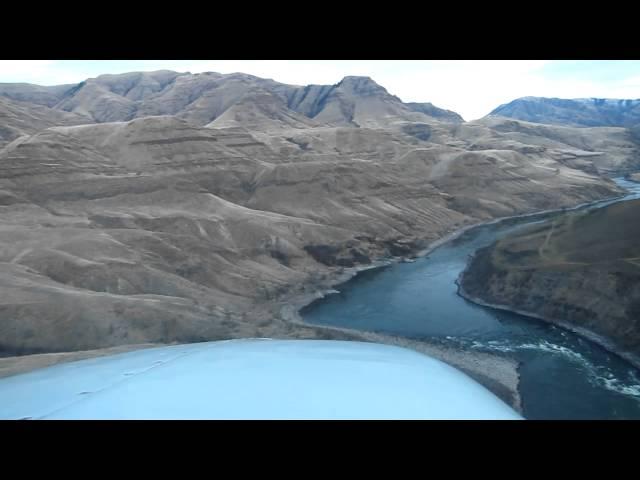 N10SB approach and landing Rogersburg Idaho