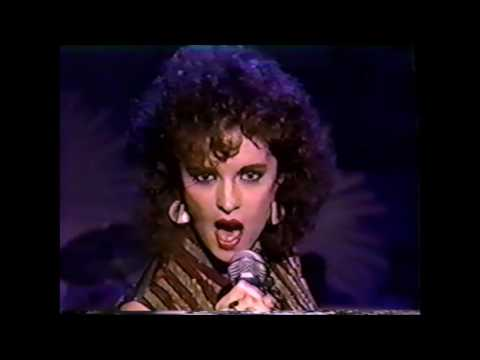 Sheena Easton - Hard To Say It's Over (American Bandstand '84)