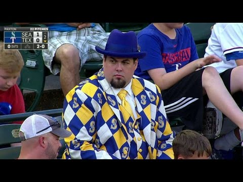SEA@TEX: Fan sports Mariners suit at Globe Life Park