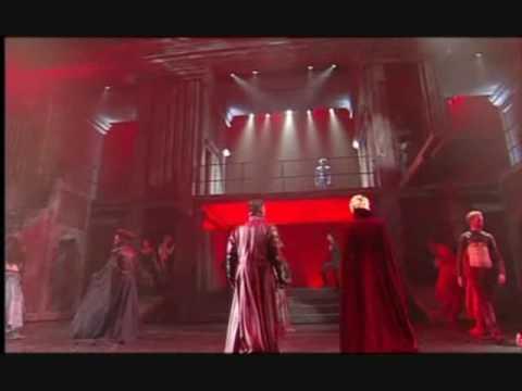 Слушать песню Romeo et Juliette - La Vengeance