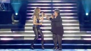 Смотреть клип Céline Dion & Ginette Reno - Un Peu Plus Haut, Un Peu Plus Loin