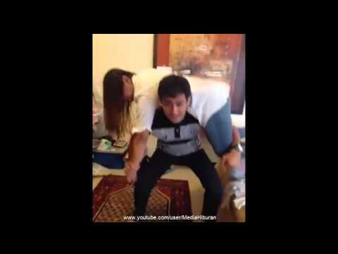 Anzalna Nasir Tunjuk Cara2 Afiq Muiz Senaman Otot Di Pagi Hari