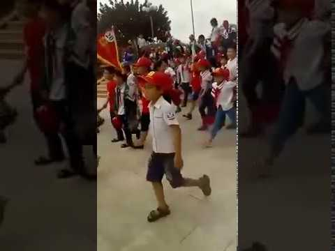 Trẻ Con Tiểu Học ở Bảo Thắng - LC Hát Lạc Trôi Thuộc Làu Làu