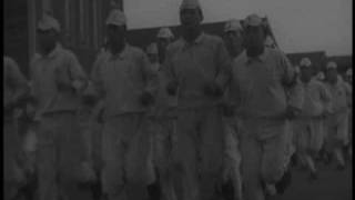 日本海軍・予科練「総員起こし・総員吊り床おさめ・朝礼」