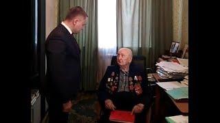 Глава Красноярского района посетил ветерана Владимира Сапарова по поручению губернатора