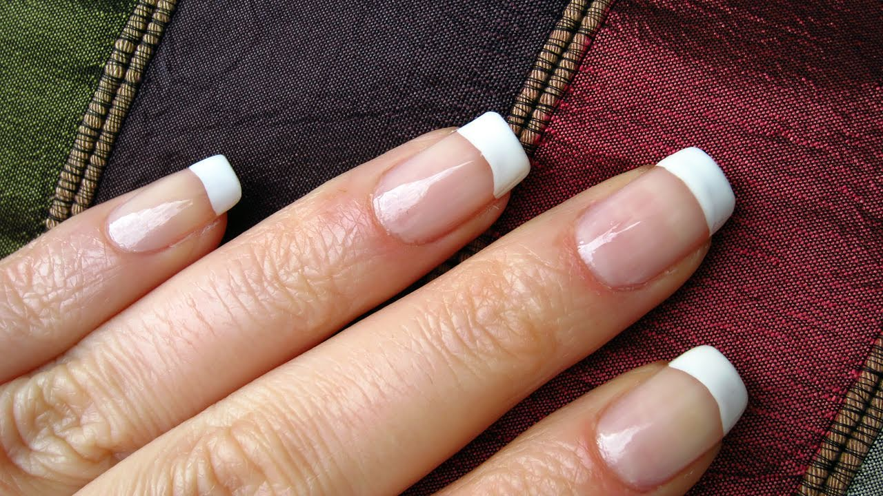 How to paint french nail tips