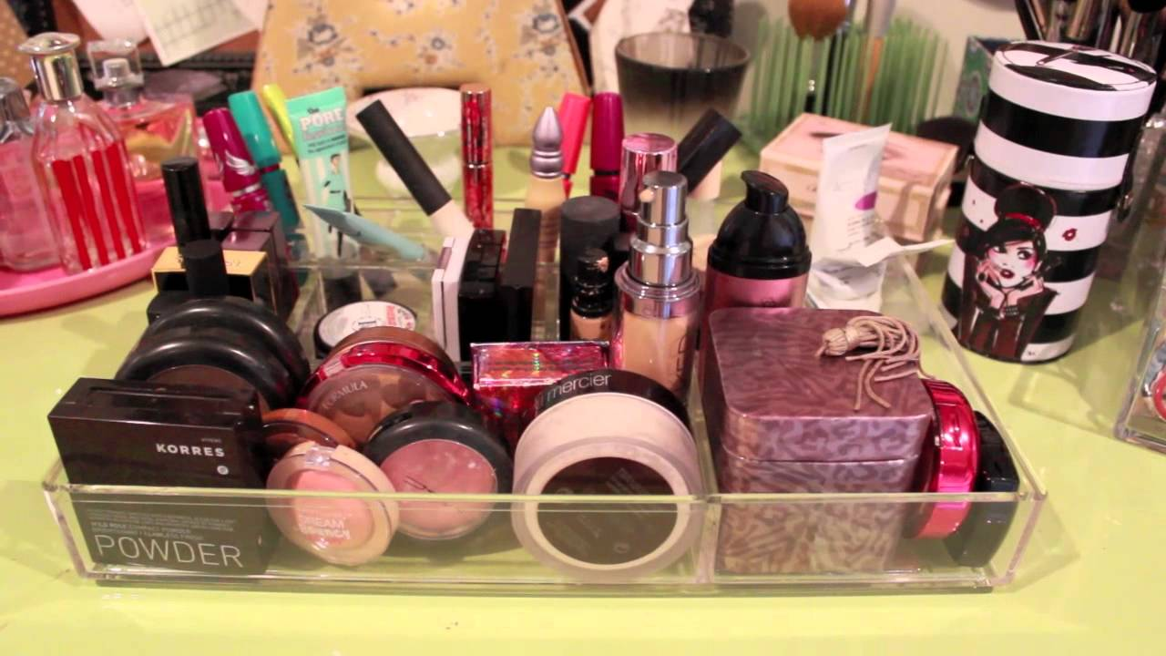 MY MAKEUP COLLECTION 2015! Makeup Collection of a 14 Year-Old ...