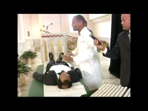 Dr. Abdul Alim Muhammad Performs A Unique Body Healing Treatment