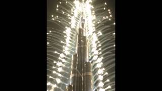 I WAS THERE @ BURJ KHALIFA - DUBAI MALL FIREWORKS DISPLAY (WELCOME 2014)